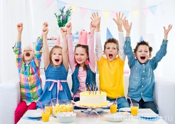 Веселый праздник «День объеденья» для детворы