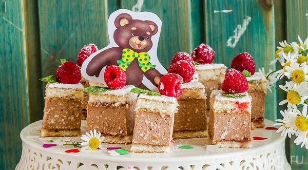 Пирожные на детский праздник