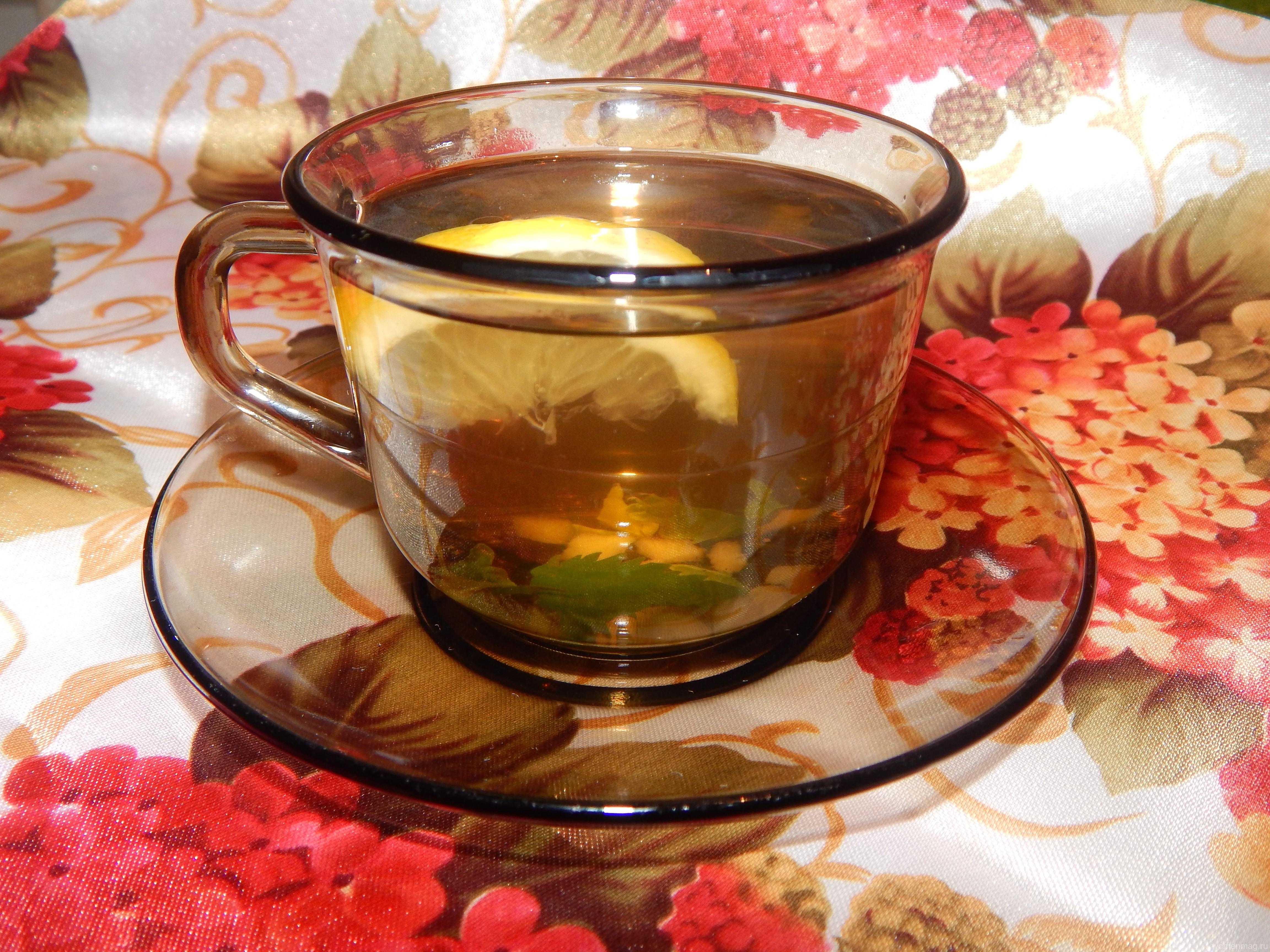 Витаминный согревающий травяной чай с имбирём