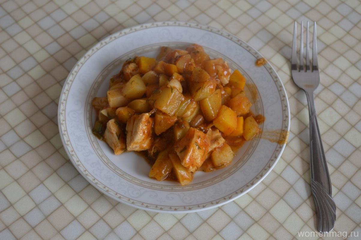 Овощное рагу с кабачками, картошкой и куриным филе