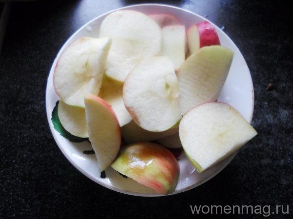 Компот за шиповника и яблок
