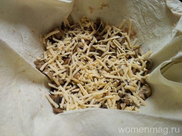 Простой слоеный пирог с грибами из лаваша