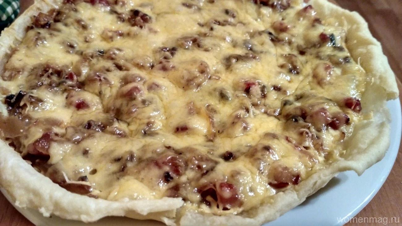 Пирог с сайрой и картошкой рецепт с из дрожжевого теста в духовке