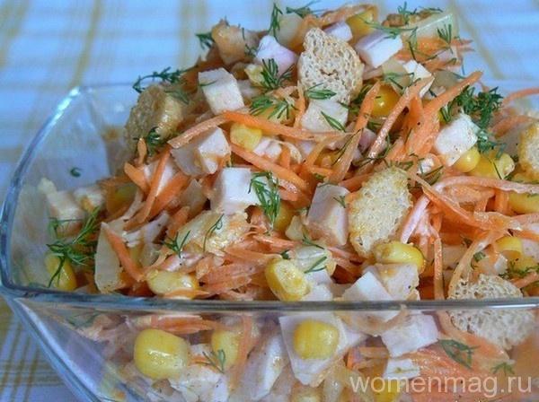 Салат с копчёной курицей и корейской морковью