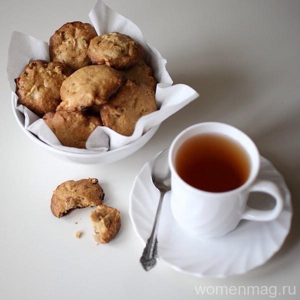 Печенье с яблоками и фисташками