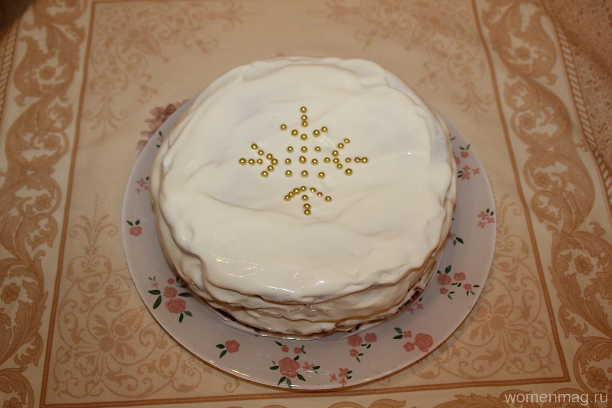 Медовый торт «Снежинка» со сметанным кремом и коржами со сковороды