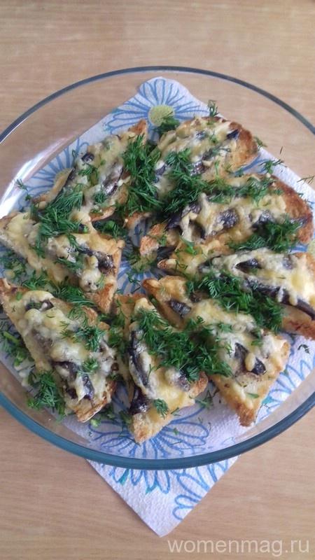 Хрустящие бутерброды со шпротами и сыром