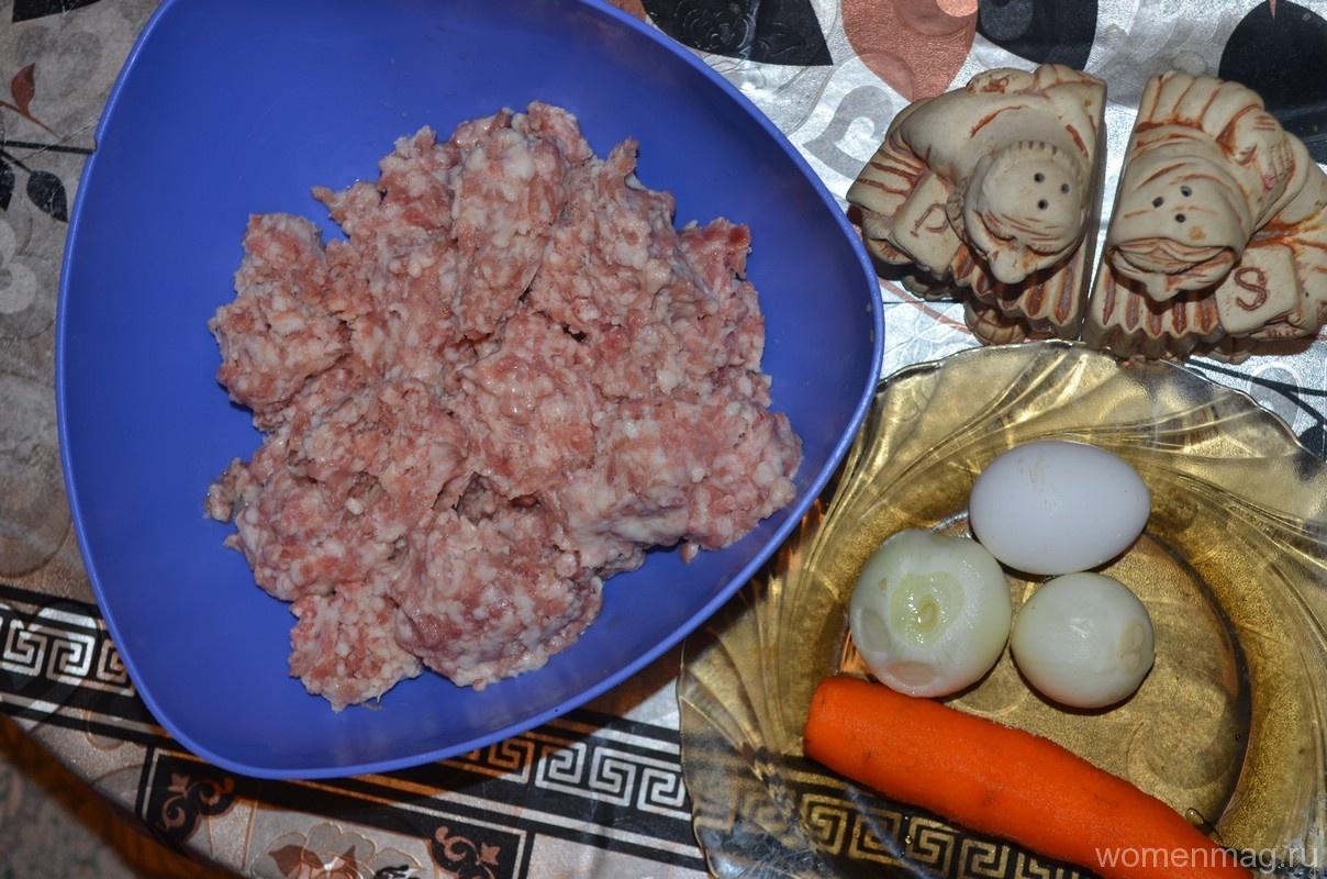 Мясные гнезда из фарша с яйцом и сыром рецепт