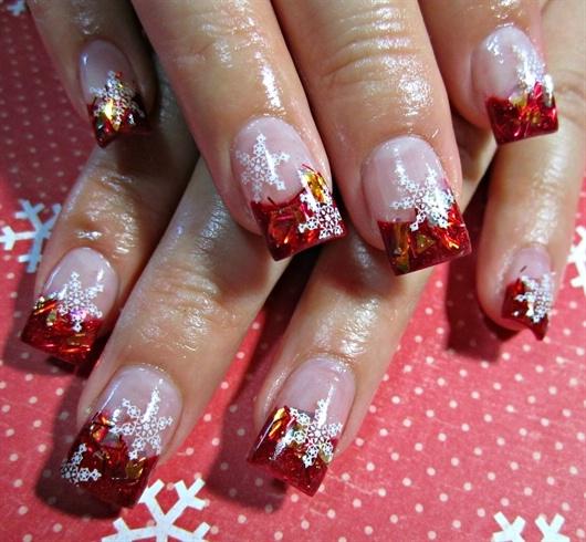 Фото рисунков на ногтях френч новогодний