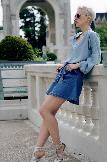 Фото под джинсовой юбкой 1030 фотография