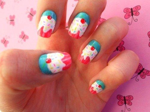 Рисунки на ногти молодежные женские