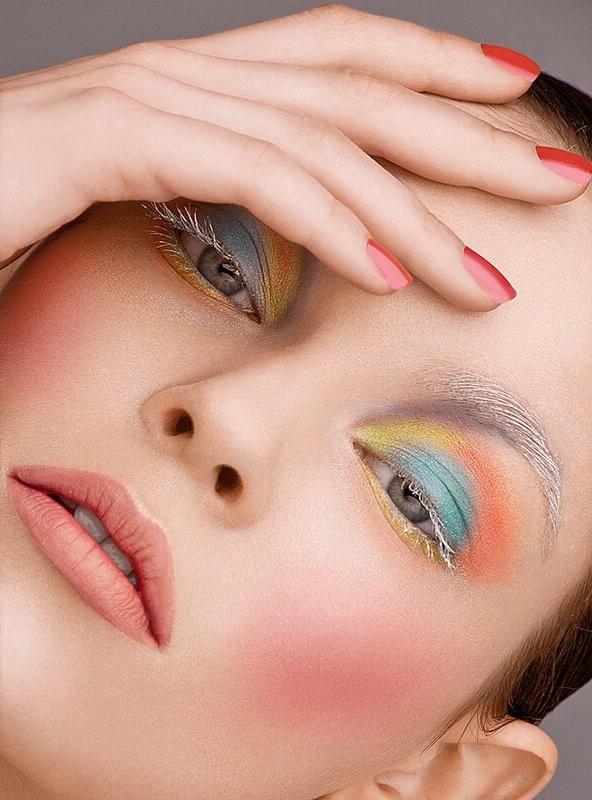Как сделать макияж под настроение
