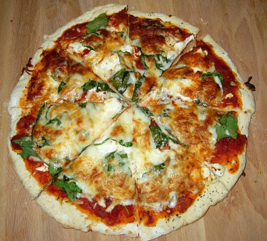 пицца в духовке на протвине без дрожжей