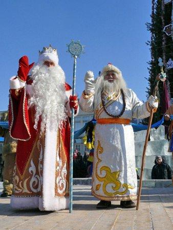 Дед Мороз и Сагаан Убугун