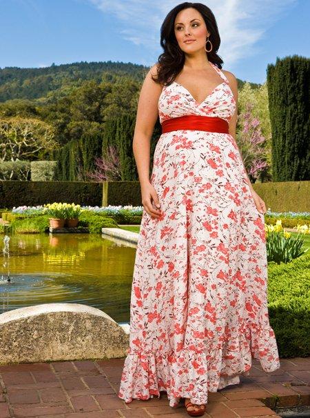 Мода для полненьких: как выбрать макси-платье