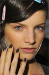 Тренды весна-лето 2011: выбираем цвет лака для ногтей