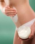 Помогают ли кремы против растяжек на коже