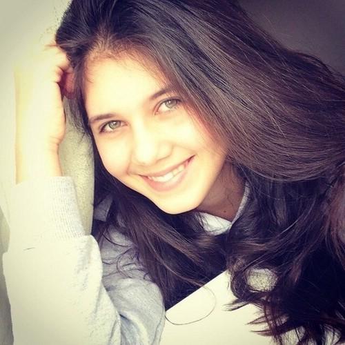 Певица Сабина Мустаева