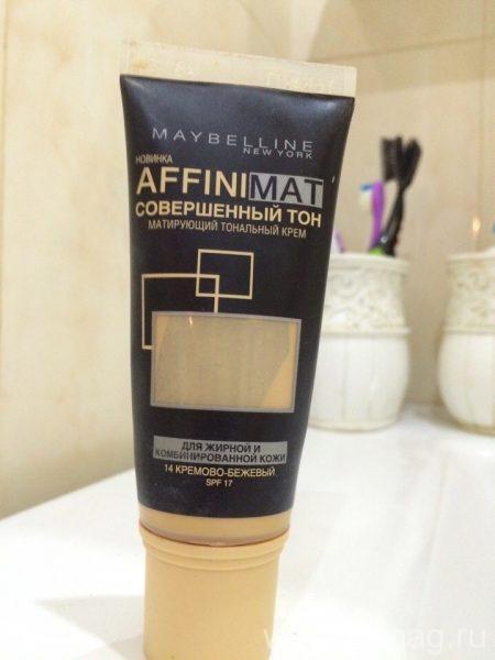 Матирующий тональный крем Maybelline Affinimat