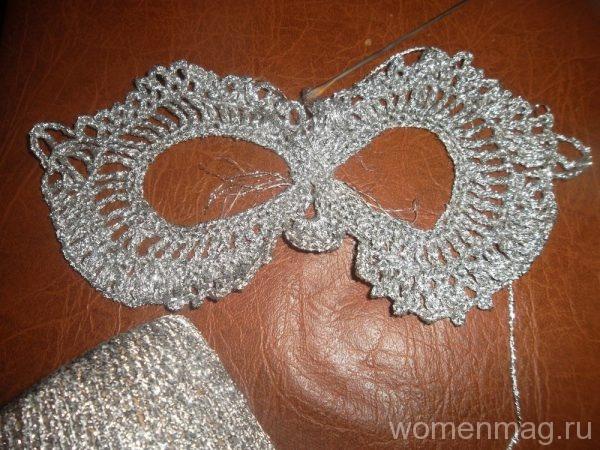 Новогодняя маска крючком