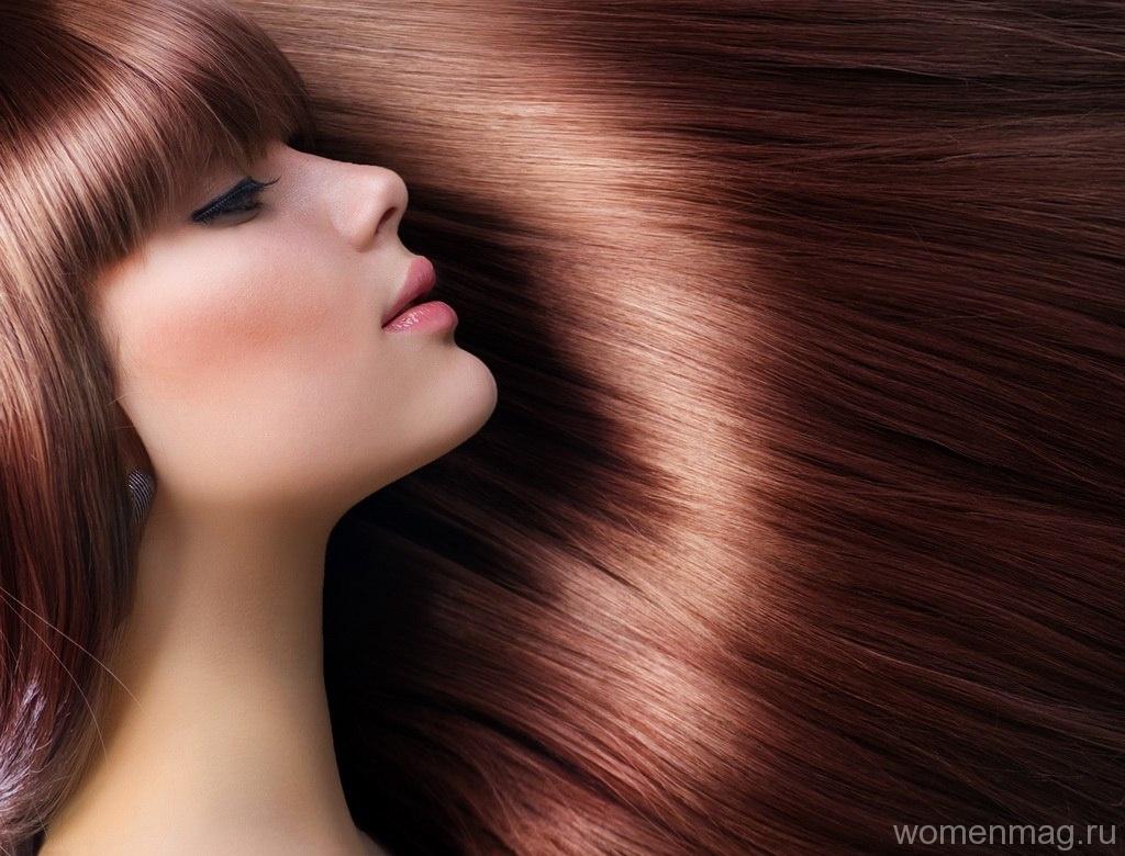 Как я сохраняю цвет и блеск окрашенных волос?