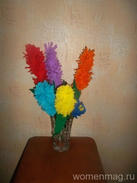 Цветы на стеблях