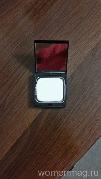 Пудра для лица Forever 21 Pressed Powder Compact