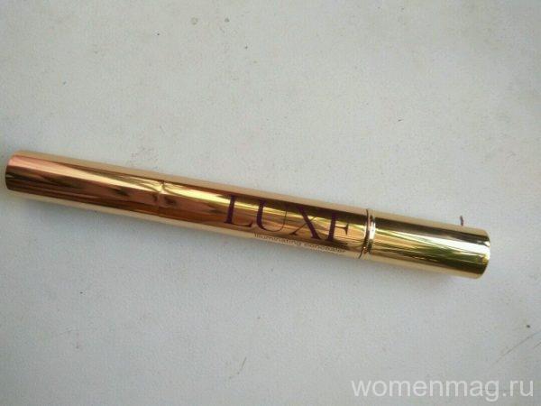 Консилер со светоотражающими частичками Avon Luxe