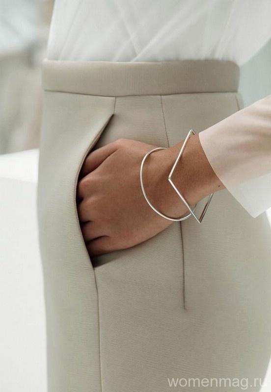 В моде украшения в стиле минимализм