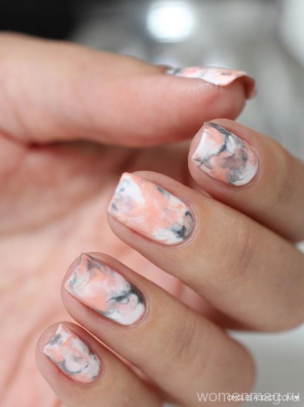 Ногти с мраморным эффектом