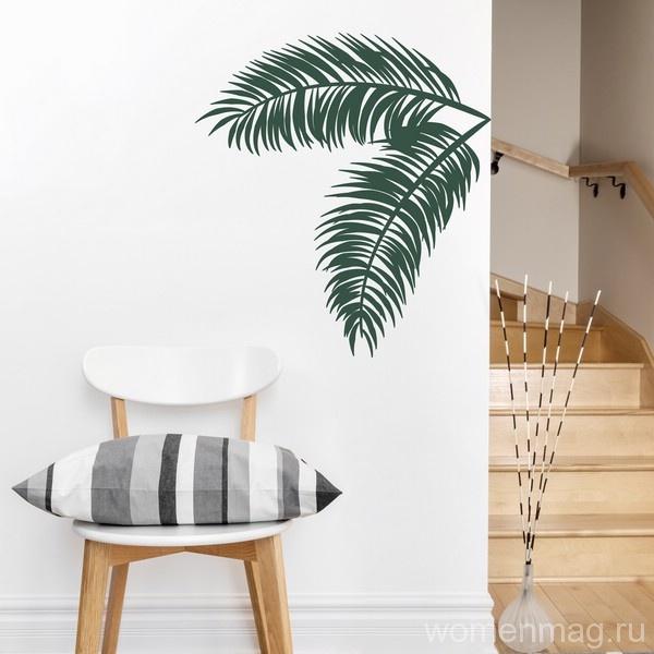 Обои с пальмовым принтом