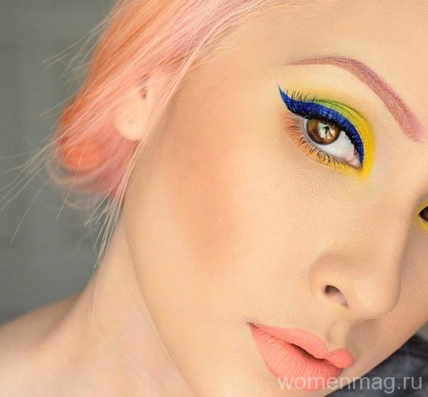 В тренде желтый акцент в макияже