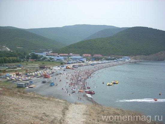 Вид с горы на пляж Сукко