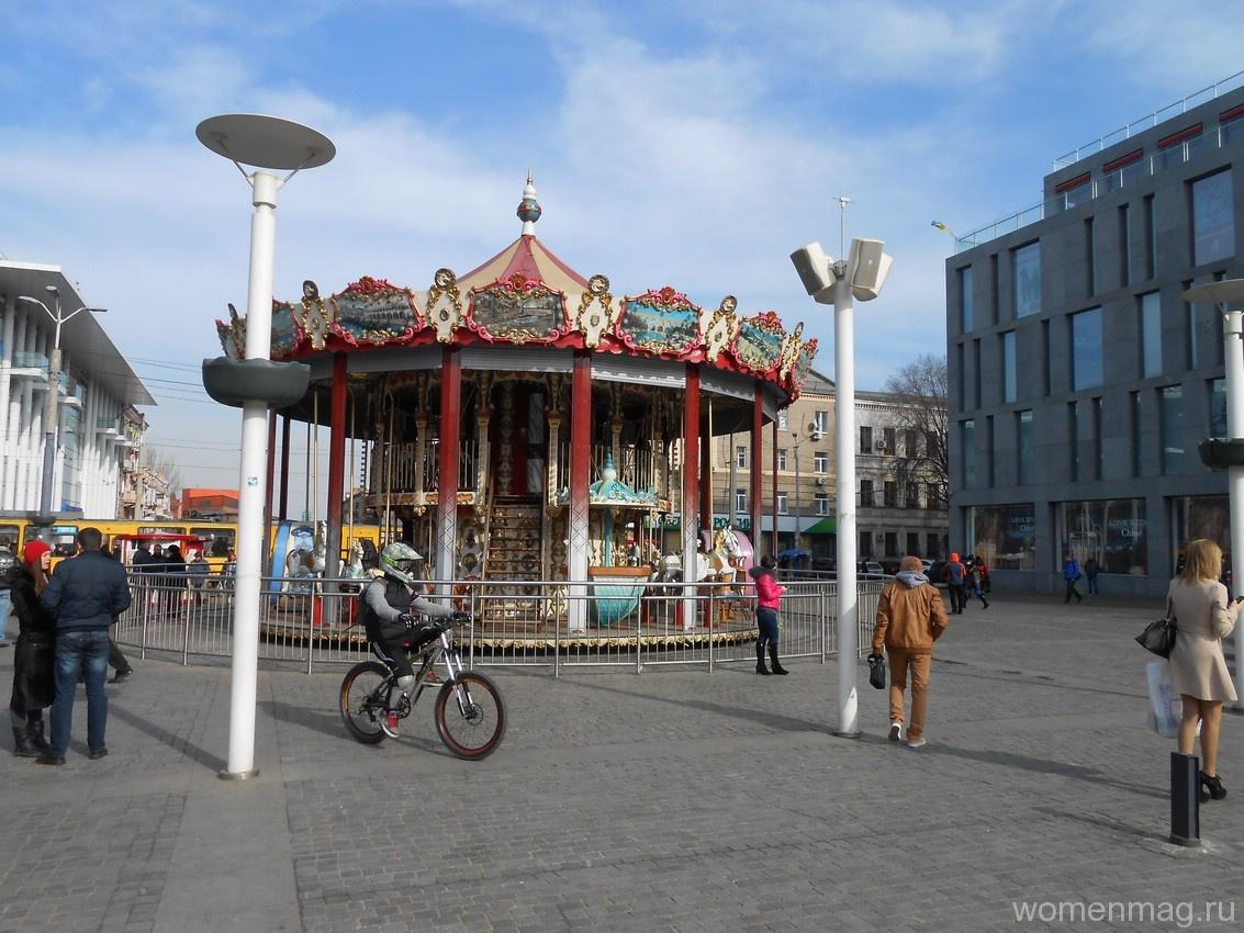 Европейская площадь в Днепропетровске
