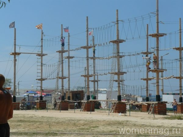 Отдых на пляже парка Победы в Севастополе