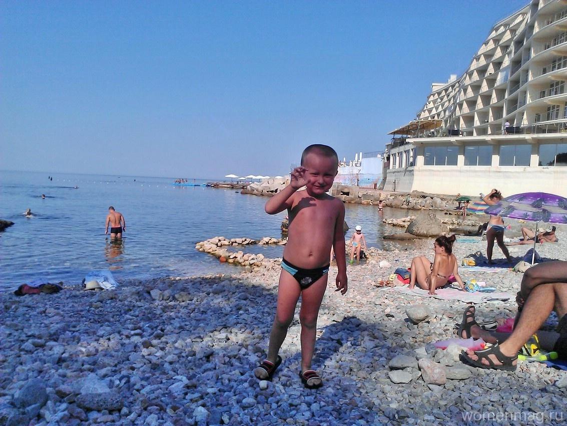 Бухта Ласпи в Севастополе