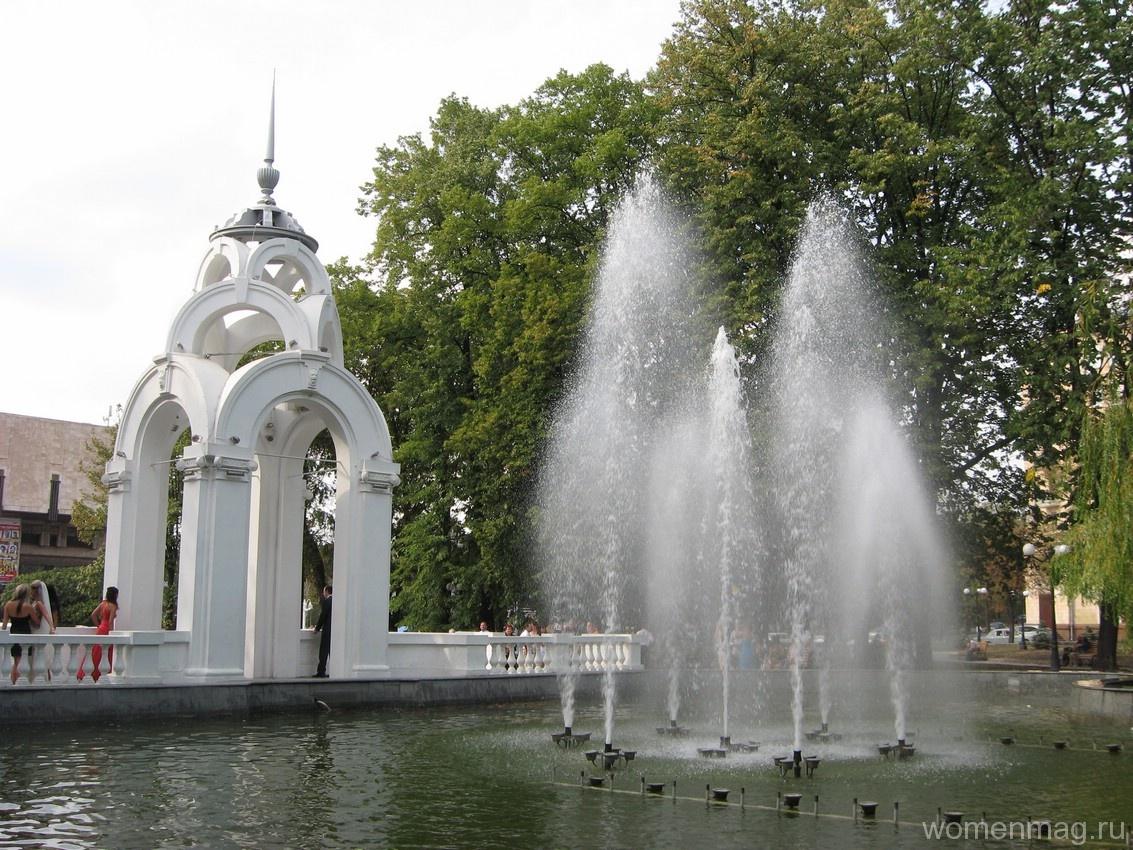 Зеркальная струя в Харькове