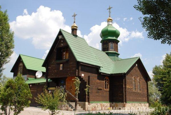 Церковь апостолов Петра и Павла в Киеве
