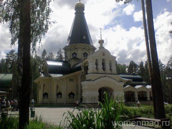 Храм в Ганиной Яме в Екатеринбурге