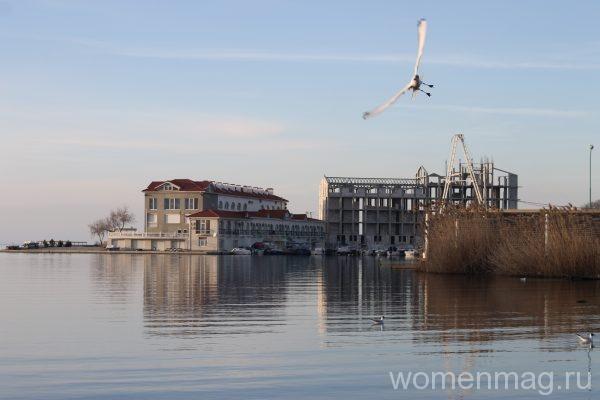 Достопримечательности Севастополи: бухта Омега